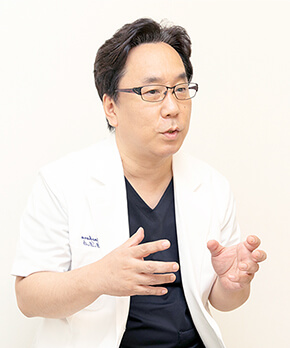 院長 篠原 俊介