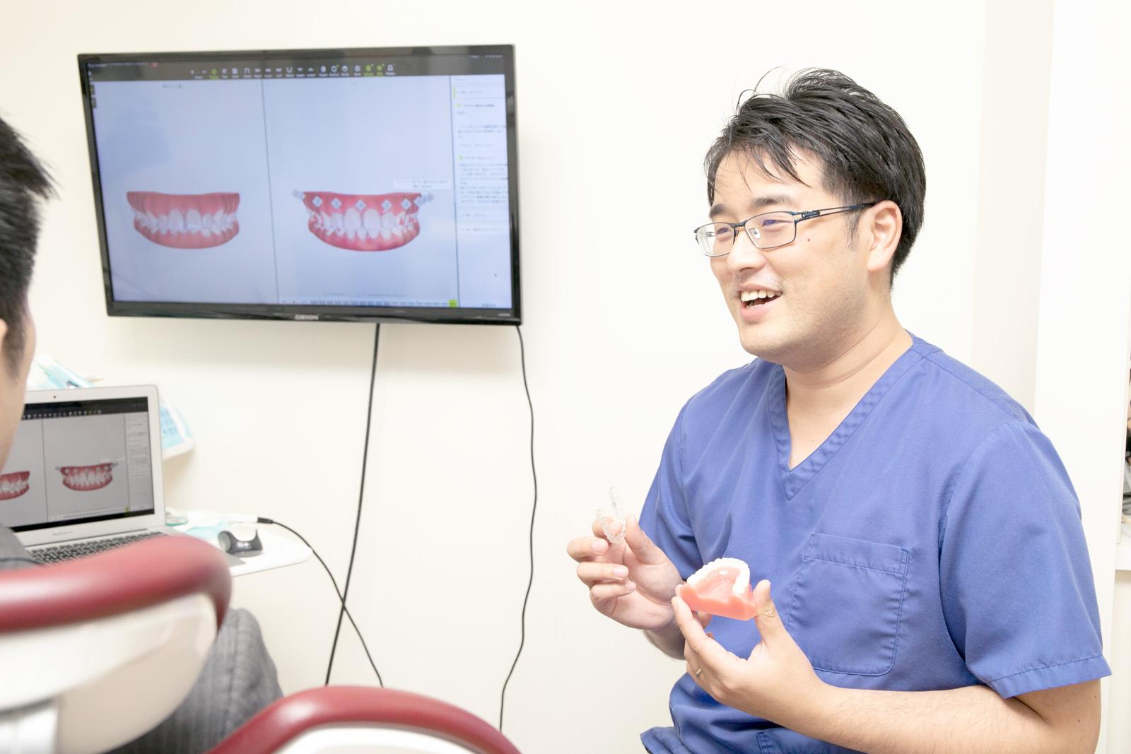各工程で患者さんの「完成形イメージ」をすり合わせます